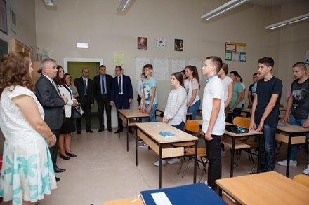 Предсједник Чубриловић честитао ђацима и просвјетним радницима почетак нове школске године